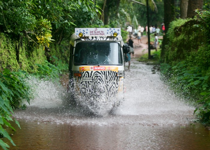 Extreme Trifle Monsoon Madness Rickshaw Challenge India
