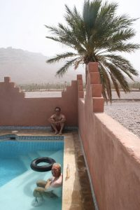 swimming pool sahara